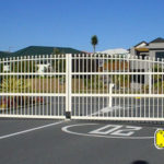 Driveway Gates Style DG12 Arch Top with Spears